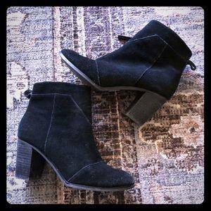 Toms Black Suede Booties Size 8